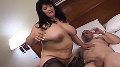 Dark-haired chunky babe can't get enough of a horny dude's dick